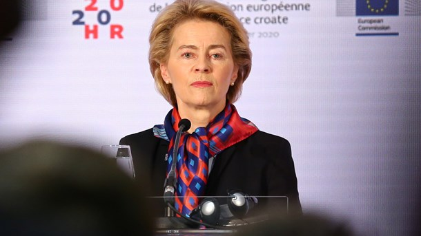 Med indførslen af mindsteløn i Europa risikerer kommissionsformand Ursula von der Leyen at sænke lønnen for de mange i stedet for at hæve lønnen for de få, skriver Johan Moesgaard.